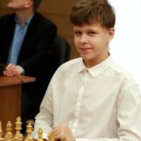 Владислав Артемьев: Безумно счастлив ничьей с Пономаревым